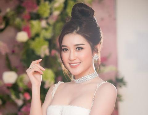 """Huyền My: """"Tôi tự tin lọt top 3 Hoa hậu Hòa bình Thế giới 2017"""""""