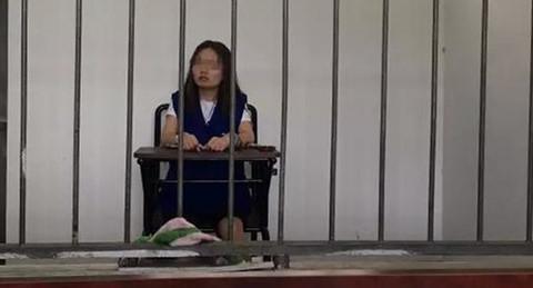 Lời khai của MC Trung Quốc bị bắt vì tung clip phản cảm với lươn