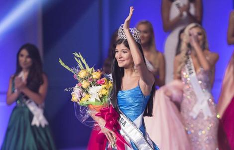 Cận cảnh nhan sắc 17 tuổi đoạt giải Hoa hậu tuổi teen Mỹ 2017