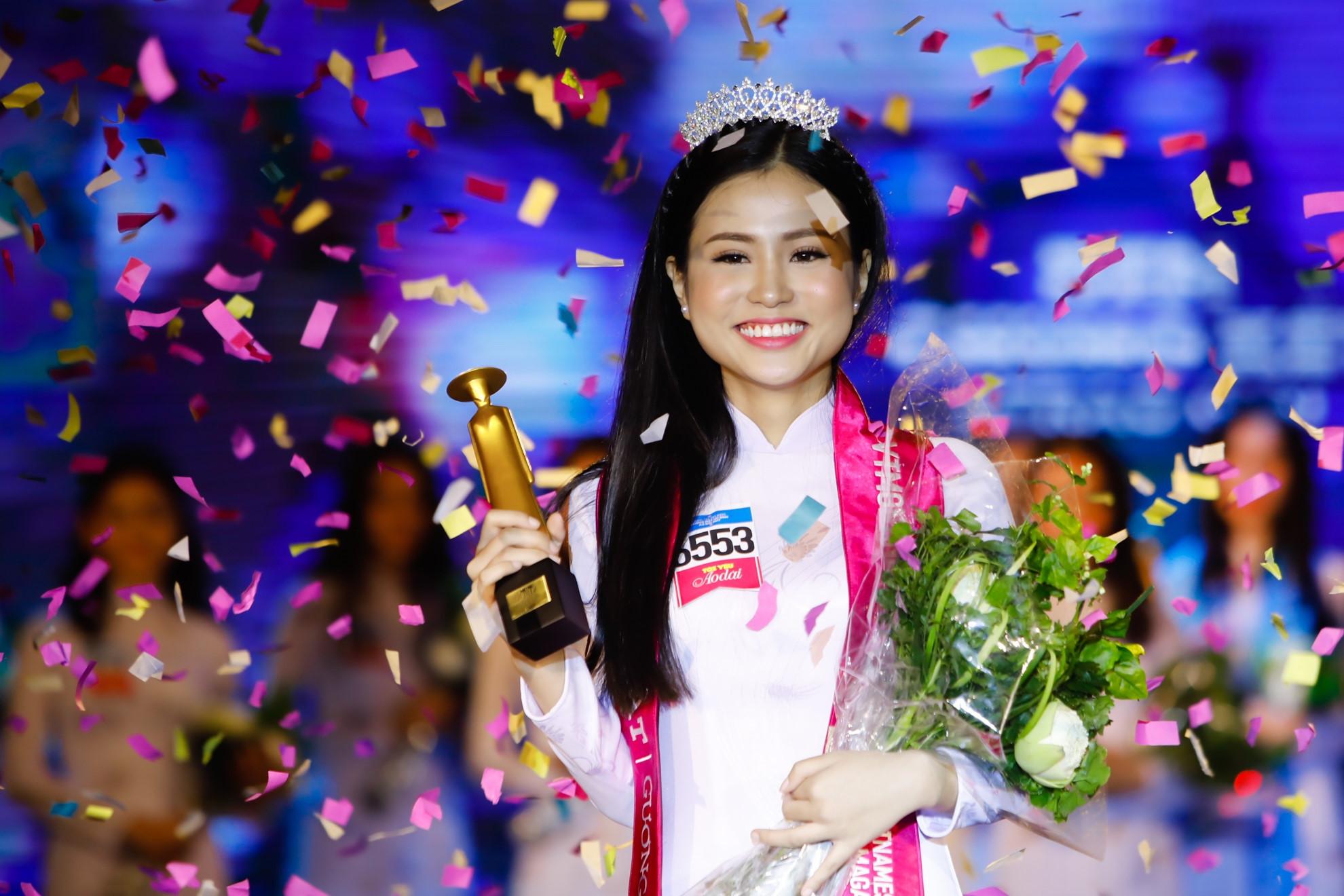 Nữ sinh 17 tuổi đoạt giải Hoa khôi nữ sinh áo dài 2017