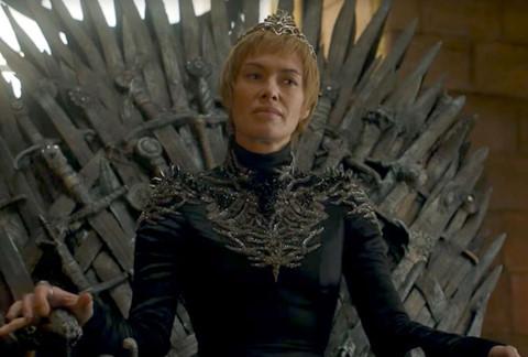 """""""Game of Thrones"""" mùa 7: Vì sao Cersei liên tục thắng """"mẹ Rồng""""?"""
