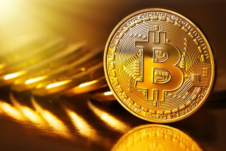 Bitcoin vượt ngưỡng 3.000 USD sau khi chia tách
