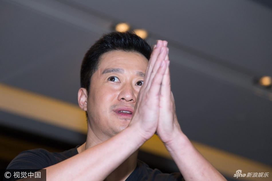 """Bom tấn """"Chiến lang 2"""" của Ngô Kinh là phim ăn khách nhất lịch sử TQ"""