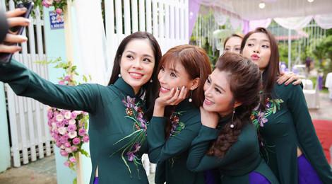 Dàn diễn viên về Trà Vinh dự lễ cưới Lê Phương