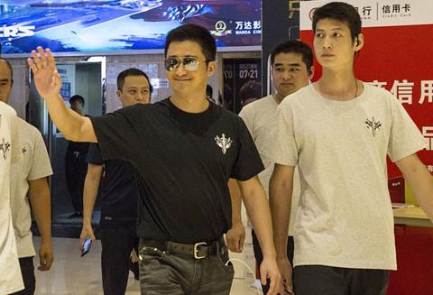 """""""Chiến lang 2"""" của Ngô Kinh: Siêu phẩm bị ghẻ lạnh nhất điện ảnh TQ"""