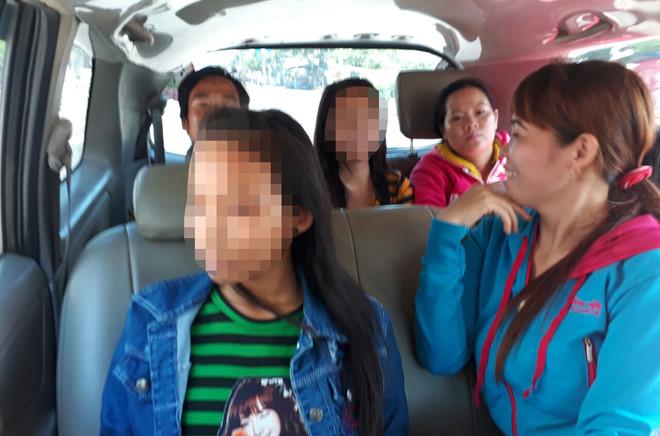 """Ba bé gái """"mất tích"""" ở Bình Dương đi chơi ở An Giang"""
