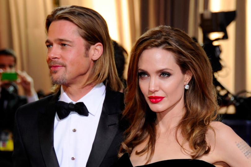 Brad Pitt và Angelina Jolie hoãn ly hôn?