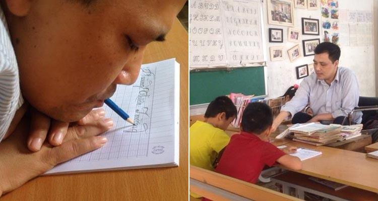 Cảm động lớp học đặc biệt của người thầy viết chữ bằng miệng