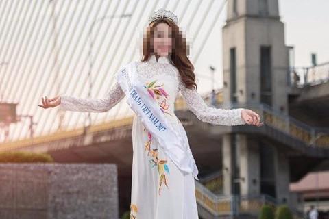 Hoa khôi bán dâm đăng quang ở cuộc thi trái phép