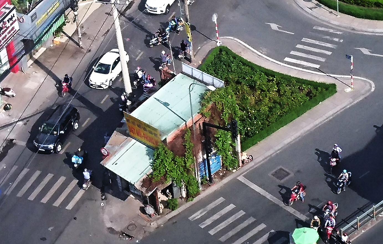 Căn nhà 4 mặt tiền án ngữ ngã tư trọng điểm Sài Gòn