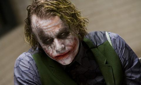 """Đạo diễn """"The Hangover"""" làm phim về gã hề Joker"""