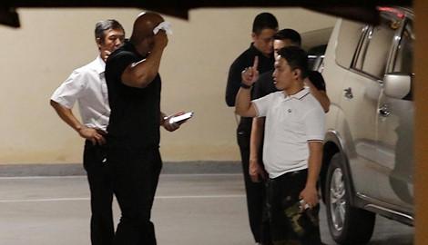 Được bảo vệ nghiêm ngặt, Ariana Grande rời Việt Nam sau khi hủy show