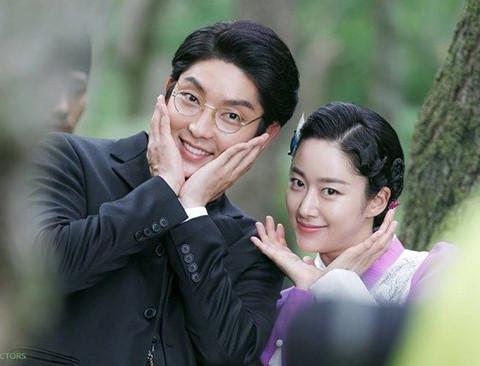 Lee Jun Ki và bạn gái chia tay sau 4 tháng công khai hẹn hò