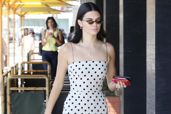 Siêu mẫu 9X Kendall Jenner mặc ấn tượng nhất tuần