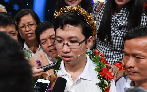 Gia đình muốn Nhật Minh du học sau khi vô địch Olympia 2017