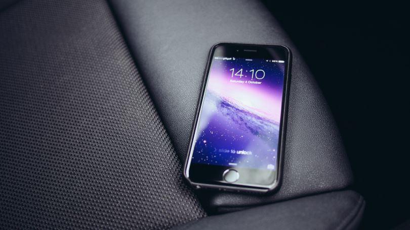 iPhone 8 chắc chắn được trang bị sạc không dây