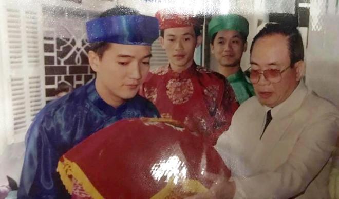 Hoài Linh, Đàm Vĩnh Hưng bê tráp đám cưới gây chú ý