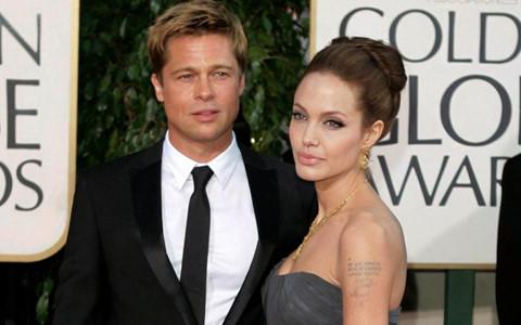 Bạn thân tiết lộ Angelina và Brad Pitt đã bí mật tái hợp