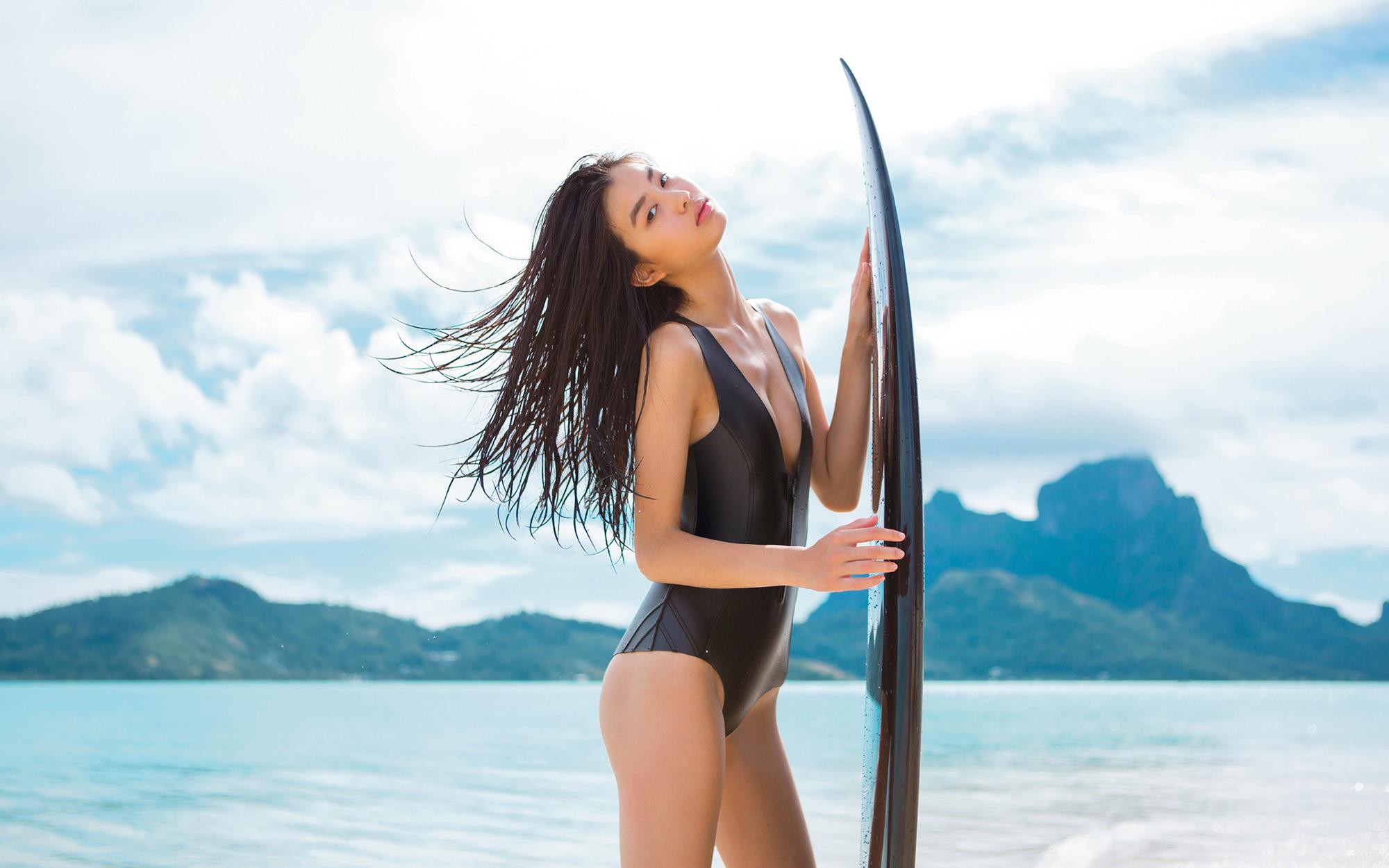 Nhan sắc người mẫu Trung Quốc lần đầu góp mặt trong Victoria's Secret