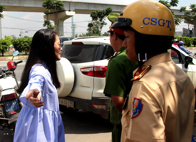 CSGT bị diễn viên Ngọc Lan lớn tiếng: Tôi chưa gặp ai như cô ta