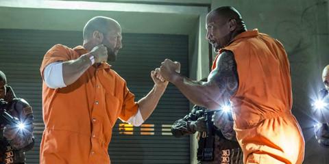 """The Rock bị """"dằn mặt"""" vì tập trung cho phim riêng, lơ là """"Fast 9"""""""
