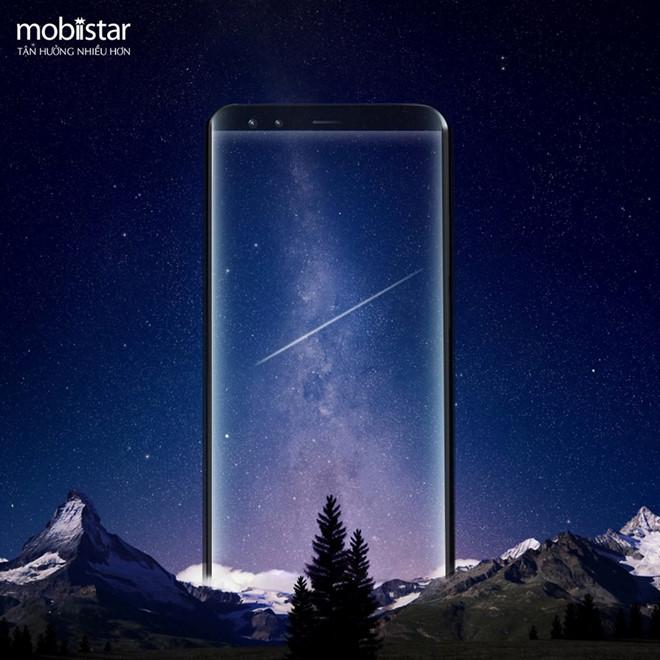 """Smartphone Việt gia nhập cuộc chơi """"màn hình vô cực"""""""