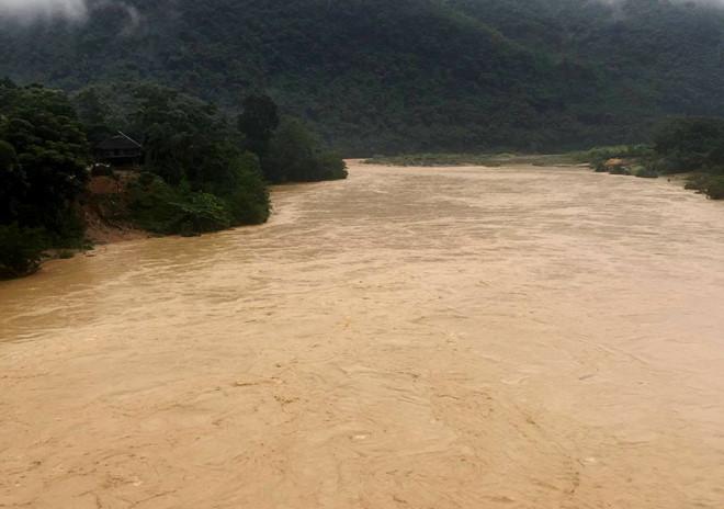 Thanh Hóa mưa lớn sau bão, nhiều địa phương vùng núi chia cắt