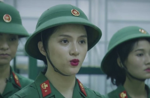 Mai Ngô, Hương Giang Idol sợ hãi khi phải gác đêm trong quân ngũ