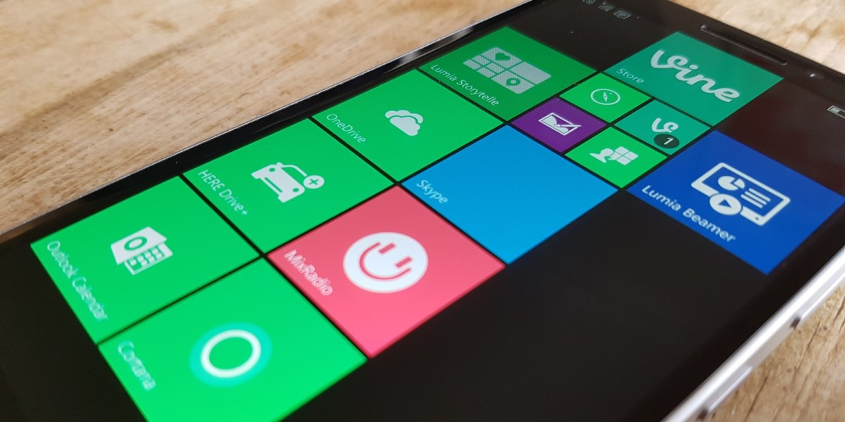 Vì sao Microsoft không thể thống trị thị trường smartphone?