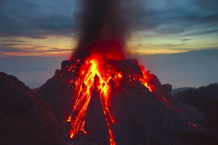 Du khách lo lắng trước thảm họa núi lửa ở Bali
