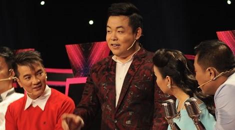 """Cẩm Ly """"chê"""" ngoại hình của Quang Lê để giành giật thí sinh"""