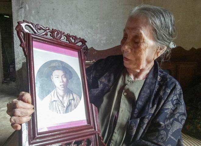 """Gần nửa thế kỷ mẹ mới biết con hy sinh vì giấy báo tử bị """"bỏ quên"""""""
