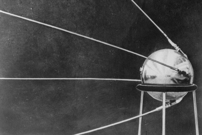 60 năm Sputnik và khởi đầu kỷ nguyên vũ trụ của nhân loại