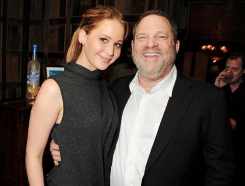 Ông trùm Hollywood bị sa thải vì cáo buộc lạm dụng tình dục