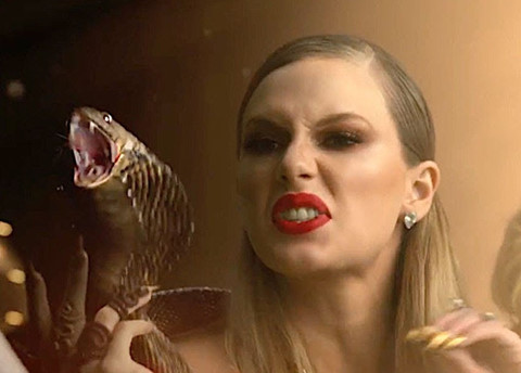 Cú trượt chân đáng báo động của Taylor Swift