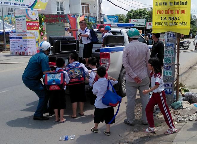 Sơ tán khẩn cấp gần 1.300 người sau sự cố rò rỉ khí amoniac ở Sài Gòn