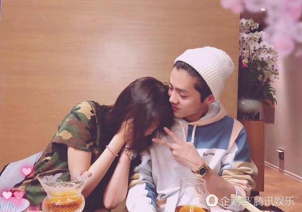 Vừa công khai hẹn hò, Luhan và Quan Hiểu Đồng đã gặp nhiều sóng gió