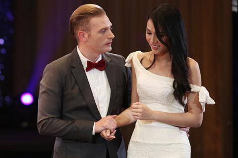 Kyo York làm khó thí sinh Hoa hậu Hoàn vũ Việt Nam