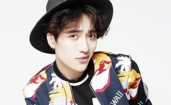 Nhạc sĩ Châu Đăng Khoa kí hợp đồng với công ty quản lý Hàn Quốc