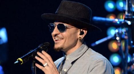 Linkin Park và fan tưởng nhớ Chester Bennington