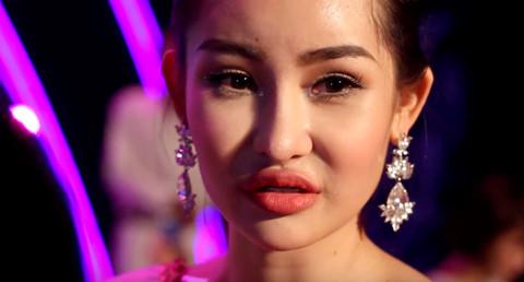 """Tân Hoa hậu Đại dương: """"Tôi đã sửa mũi nhưng môi là tự nhiên"""""""