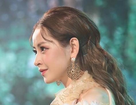 Chi Pu chính thức tấn công thị trường âm nhạc Hàn Quốc