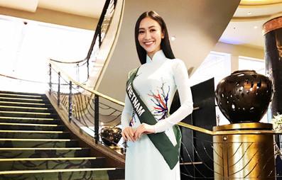 Hà Thu trả lời phỏng vấn bằng tiếng Anh trôi chảy ở Hoa hậu Trái đất