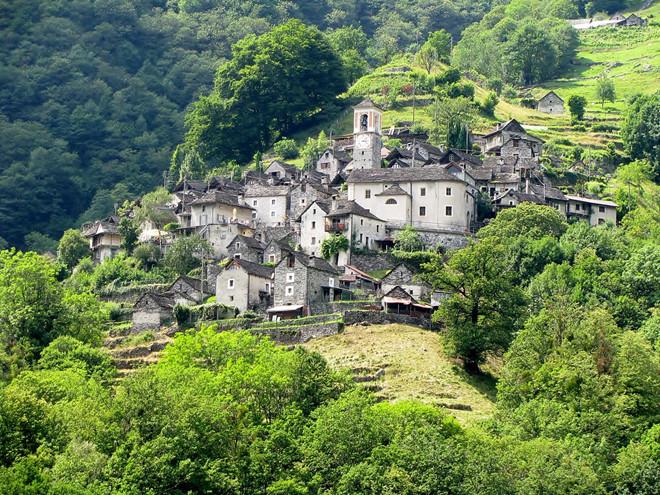 Ngôi làng chỉ có 13 người sắp trở thành khách sạn