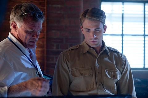"""Đạo diễn tập """"Captain America"""" đầu tiên giải nghệ với """"Narnia 4"""""""