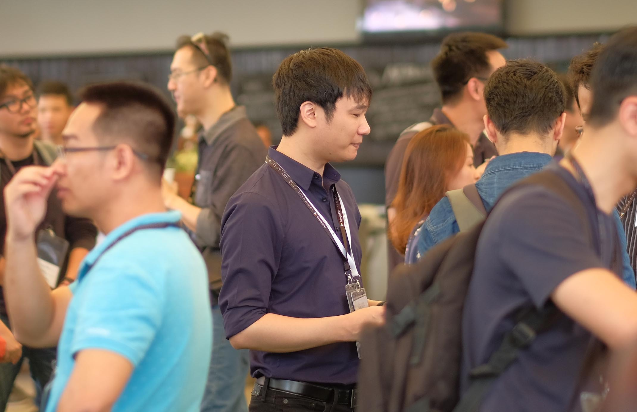 Nguyễn Hà Đông xuất hiện ở sự kiện Google với diện mạo mới