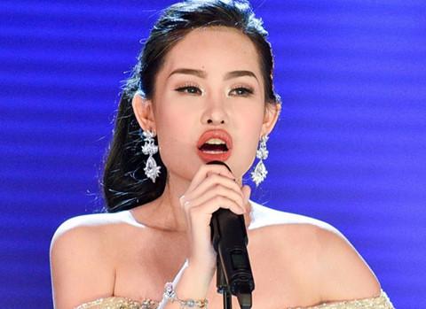 """Tân Hoa hậu bị ví như """"cá chùi kiếng"""": Miệt thị cơ thể"""