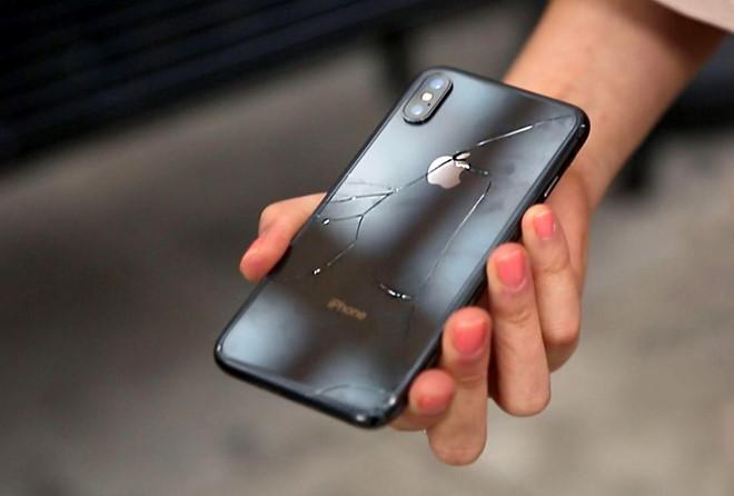 iPhone X vỡ chỉ sau một lần rơi