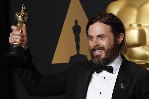 19.000 người yêu cầu Casey Affleck không xuất hiện ở Oscar 2018