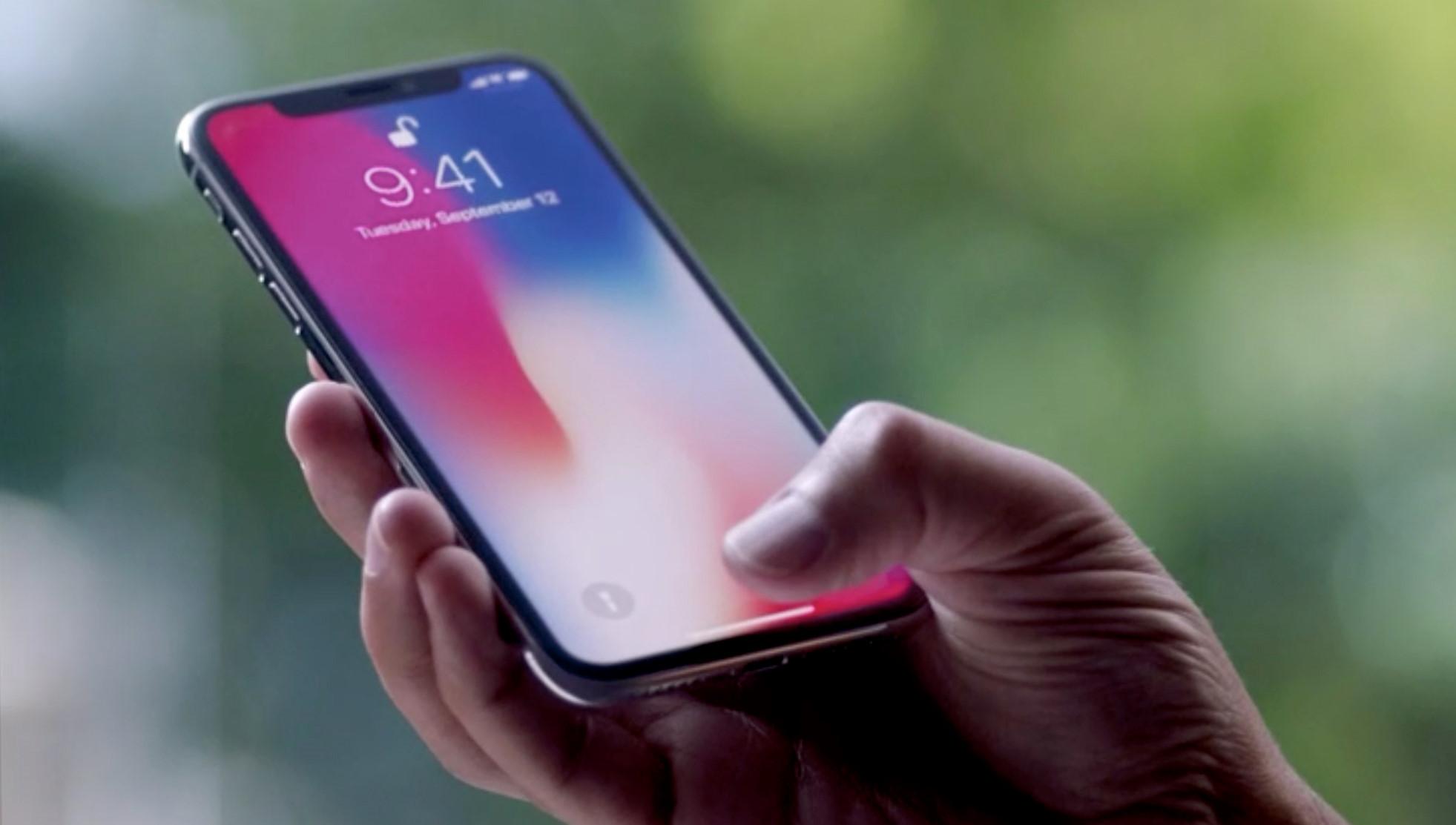 Mỗi chiếc iPhone X bán ra, Apple lời đến 2/3